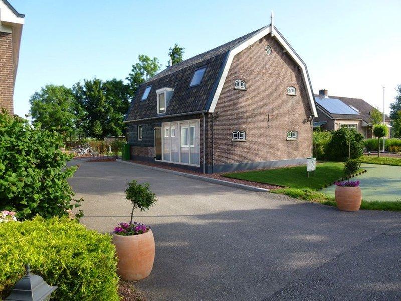'De Rijtuigenschuur'Vakantiehuis midden in Nederland, holiday rental in Reeuwijk