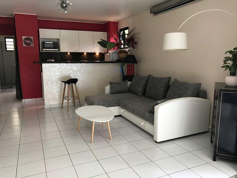 Bel appartement avec piscine et wifi, location de vacances à Arrondissement of Fort-de-France