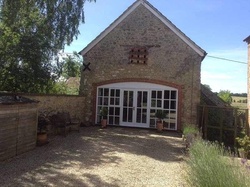 ********        THE  BARN       ********, holiday rental in Shellingford