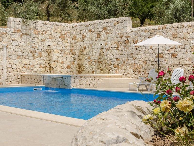 Casale Panorama Ibleo 'Mezzogiorno', holiday rental in Giarratana