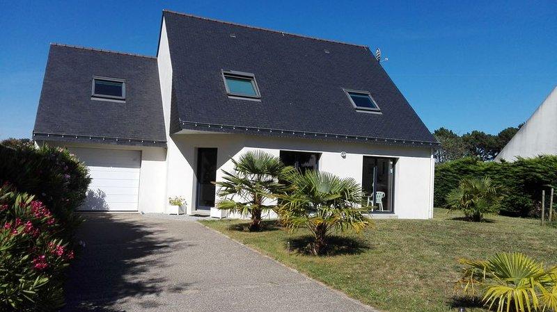Maison à côté de la plage de Locmiquel, location de vacances à Baden