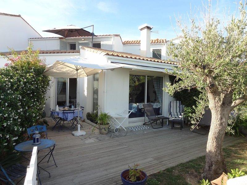 Petite maison de charme, face à la mer, 4 personnes, holiday rental in Sainte Marie de Re
