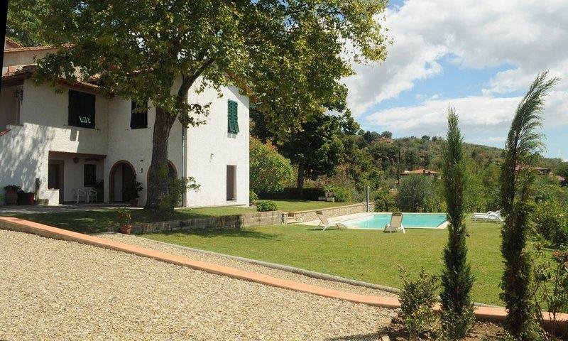 Villa sulle colline toscane vicino a Firenze, aluguéis de temporada em Castelfranco Piandisco