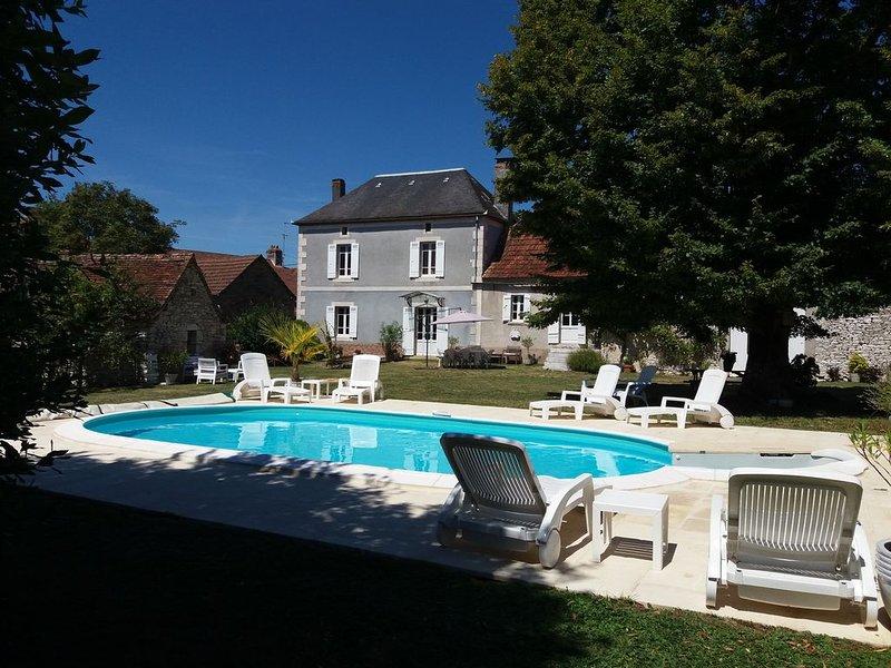 Maison de campagne avec piscine privée, holiday rental in Granges d'Ans