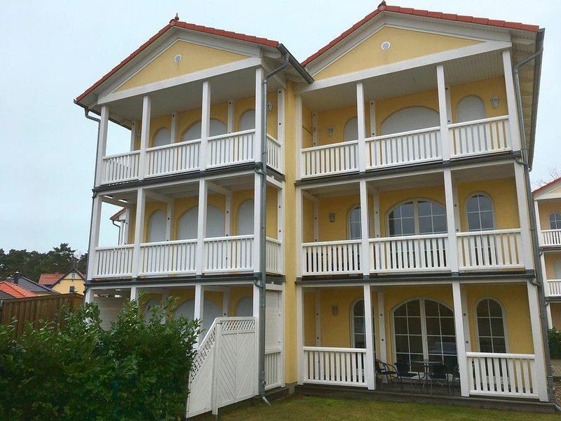 Komfortable 100qm Ferienwohnung für bis zu 6 Personen, holiday rental in Klockenhagen