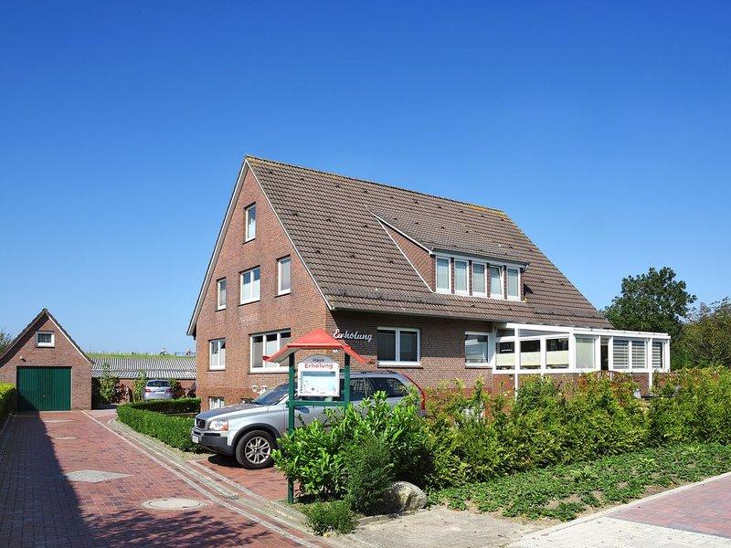 Ferienwohnung Nr. 5 im Haus Erholung - nah zum Strand und zur Nordseetherme, holiday rental in Esens