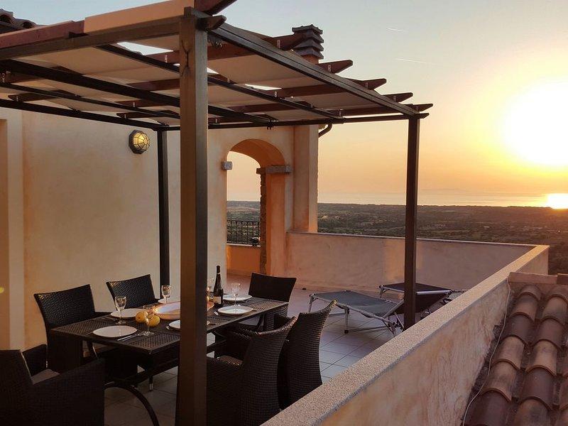 L´Aquila, Penthouse mit Klimaanlage, Spülmaschine, Pelletofen, vacation rental in Badesi