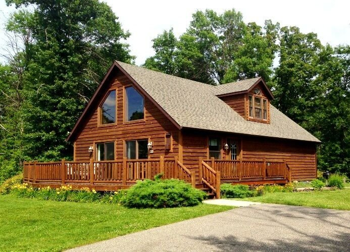 American Great Outdoors * Spring Brook Resort | Incredible 5BR Home on Golf Cour, holiday rental in Wisconsin Dells