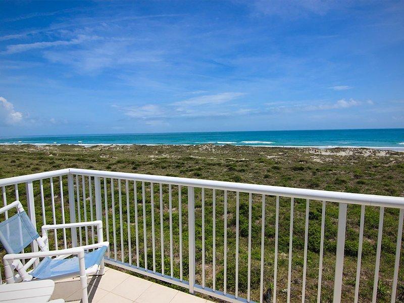 Oceanfront escape! Spectacular ocean views, 2 pools, tennis & elevator!, vacation rental in Wrightsville Beach