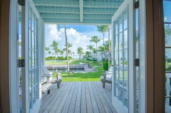 Indigo Reef Resort, Villa 23 with Complimentary Dockage - Salt in the Air, Sand, holiday rental in Grassy Key