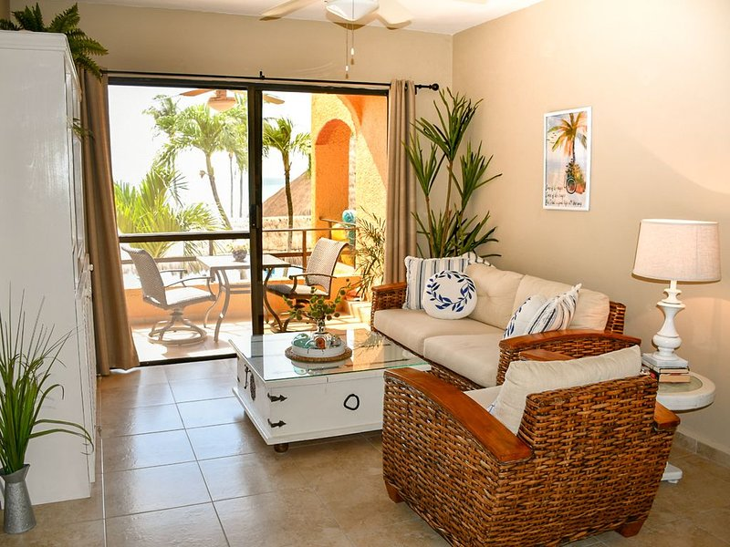 Nautibeach Condo #14, holiday rental in Playa Mujeres