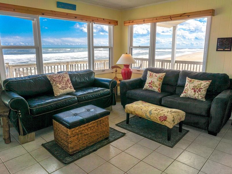 �️ Picture Worthy Sunrise views + Right on the Beach�, casa vacanza a Rodanthe