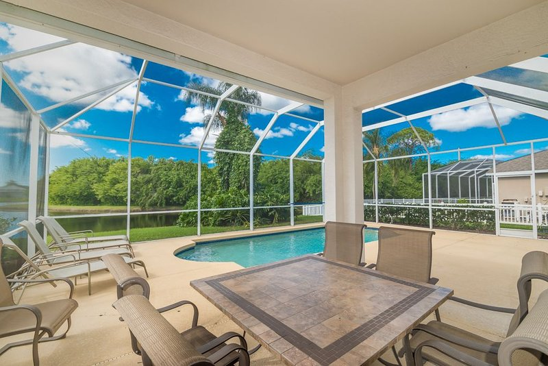 4BR/2BA pool home in Sabal Harbour community of Bradenton! - Sabal Harbour 02, holiday rental in Bradenton