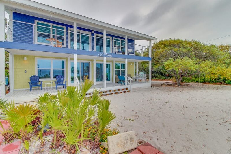 Beach Home with a touch of Old Florida! – semesterbostad i Mexico Beach