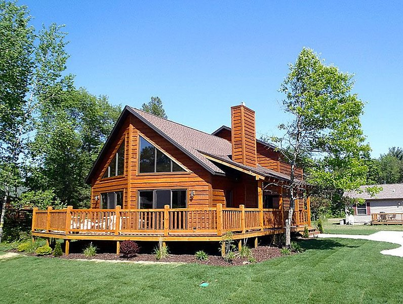Ultimate Rustic Retreat * Spring Brook Resort | Family Friendly Six Bedroom Home, vacation rental in Wisconsin Dells