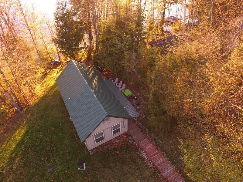 COLEMAN'S CABIN (McMillan, MI) East Lake:  Tahquamenon Falls 1 hr away., holiday rental in Curtis