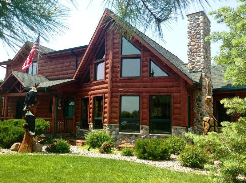 Eagle's Nest * Spring Brook Resort | Stunning Chalet | Rustic Northwoods Decor, vacation rental in Wisconsin Dells