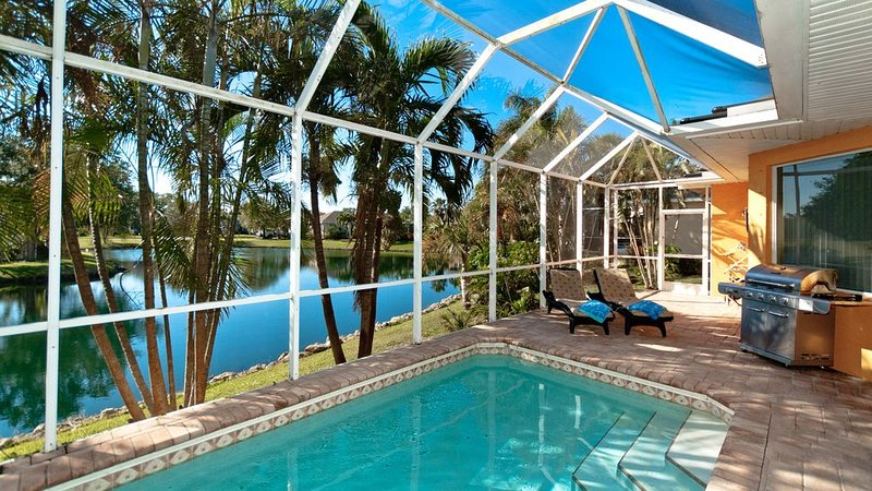 Villa Sunset is your Perfect Beach Getaway!, holiday rental in Bradenton