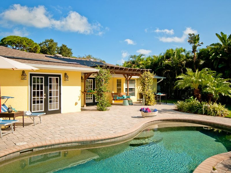 Treasure Chest - Simply Beautiful and Relaxing, holiday rental in Bradenton