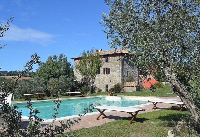 Villa Ascanio, rimborso completo con voucher*: Una splendida villa su tre piani, casa vacanza a Grotte Santo Stefano