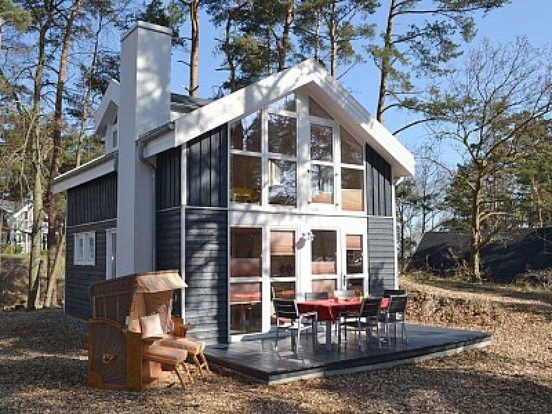 'Wohlfühl-Strandhaus' mit Sauna, Whirlpool, Fußbodenheizung und Kamin, location de vacances à Ile de Rügen