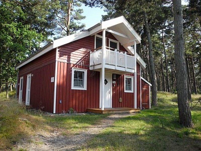 Gemütliches Strandhaus am Waldrand, nur 100 Meter bis zum Meer, holiday rental in Ostseebad Baabe