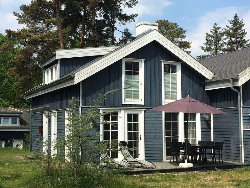 idyllisches Ferienhaus strandnah mit Terrasse, location de vacances à Ile de Rügen