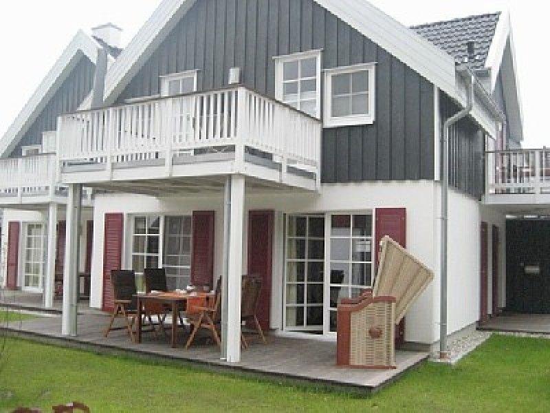 Schöne Ferienwohnung, direkt hinter dem Deich mit Kamin und Whirlpool, location de vacances à Krummhoern