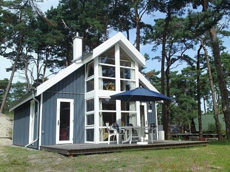 Ferienhaus Sommerwind direkt am Ostseestrand, location de vacances à Ile de Rügen