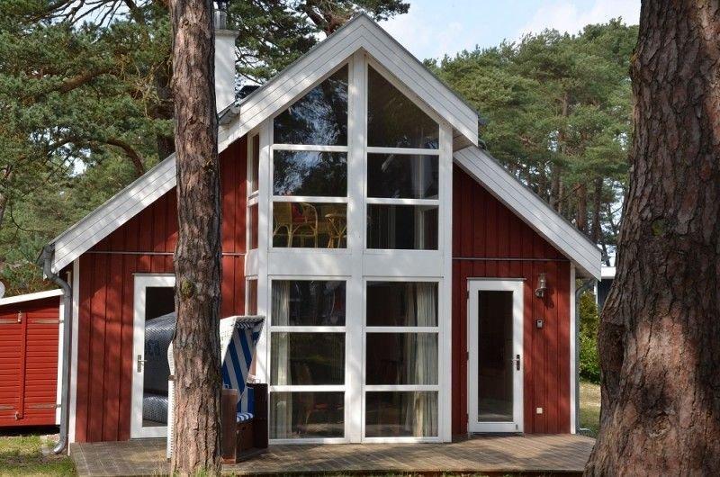 Strandhaus 'Ostseeblick' mit Meerblick, Whirlpool, Sauna u. Kamin, Strandkorb, holiday rental in Ostseebad Baabe