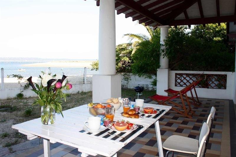 Villa sur plage du Mimbeau, centre Cap Ferret : EXCEPTIONNEL !, vacation rental in Cap-Ferret