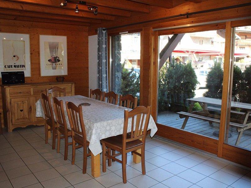 Chalet Negritelles 2 - au centre des Gets et à quelques pas des pistes de ski, r, vacation rental in Les Gets
