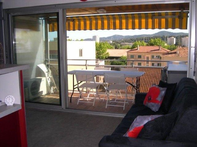 LE LAVANDOU Le Méditerranée Appartement, 4 personnes, climatisé., alquiler vacacional en Le Lavandou