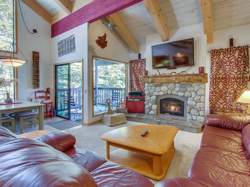 Two-level, forest-view condo w/ a deck - just steps from the Village!, holiday rental in Mammoth Lakes