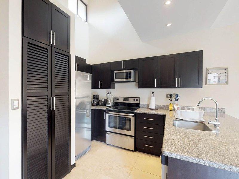Tiene la opción de cocinar comidas en la cocina totalmente equipada durante su estancia.