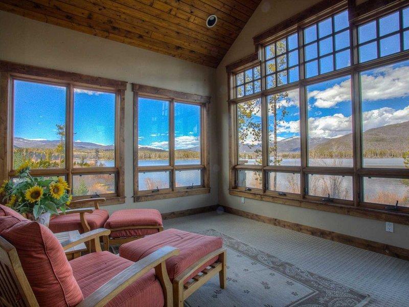 Shadow Mountain Villa, 5/5 - Sleeps 14, holiday rental in Grand Lake