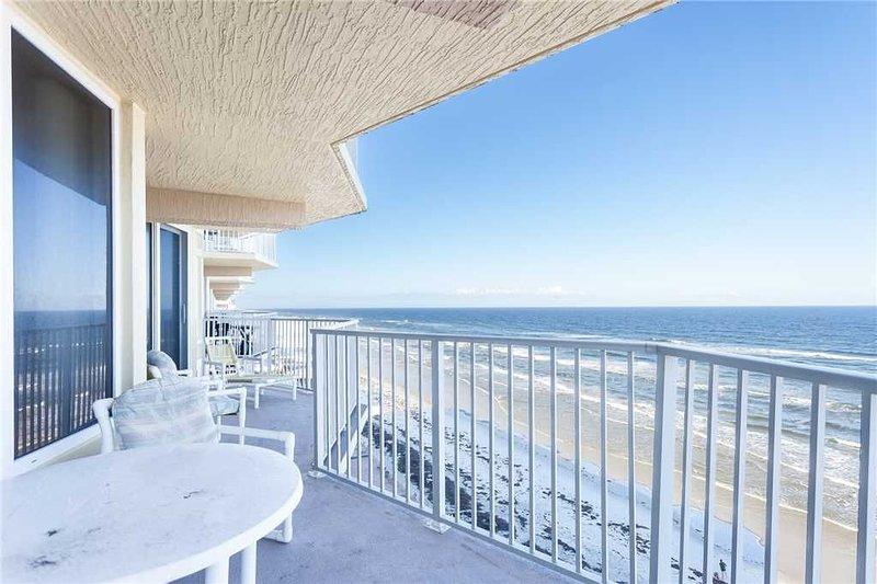 Shores Club 807, 3 Bedrooms, 8th Floor, Oceanfront, Sleeps 8, vacation rental in Ponce Inlet