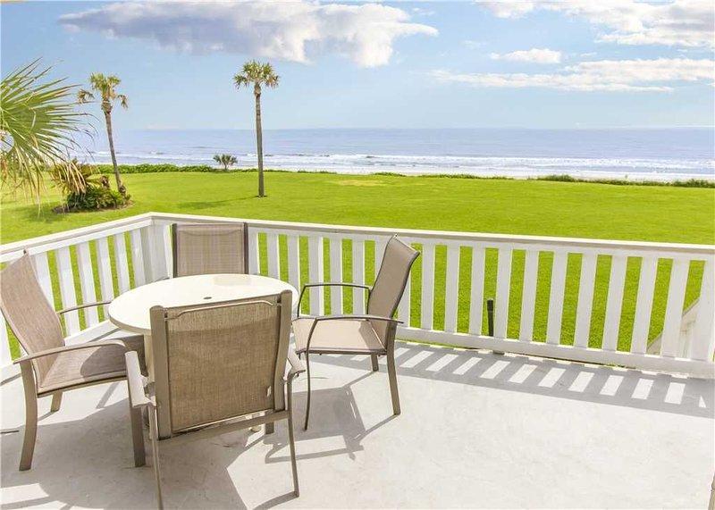 Surf Villa 609, 1 Bedroom, Sleeps 4, Oceanfront, WiFi, alquiler vacacional en Ponte Vedra Beach