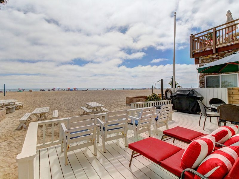 Updated and spacious two-level oceanfront beach house - right on the sand, vacation rental in Newport Beach
