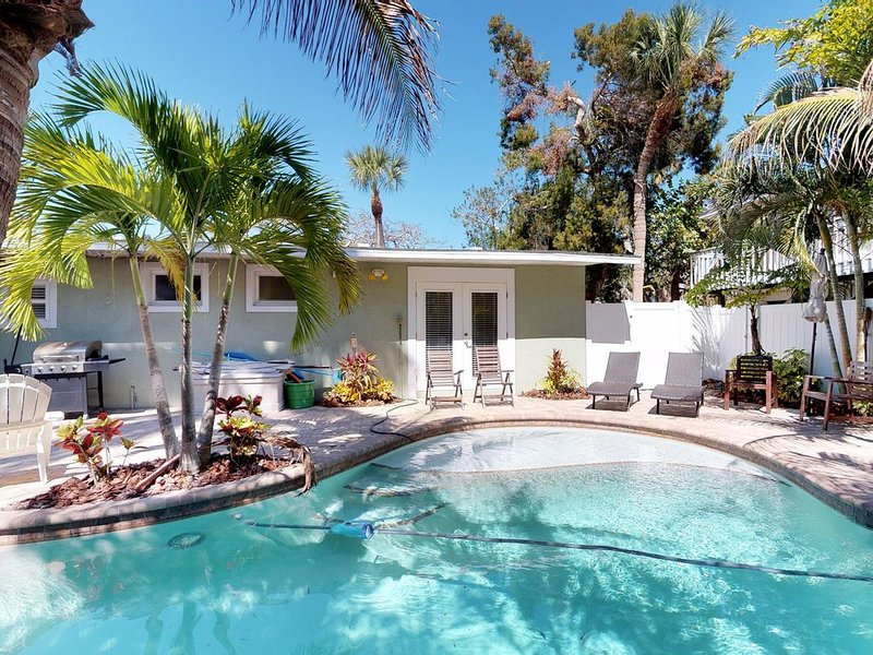 Family-friendly vacation home w/ private, heated pool & furnished patio, holiday rental in Holmes Beach