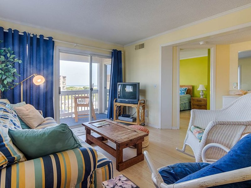 Great spot for extended stays!, holiday rental in Morehead City