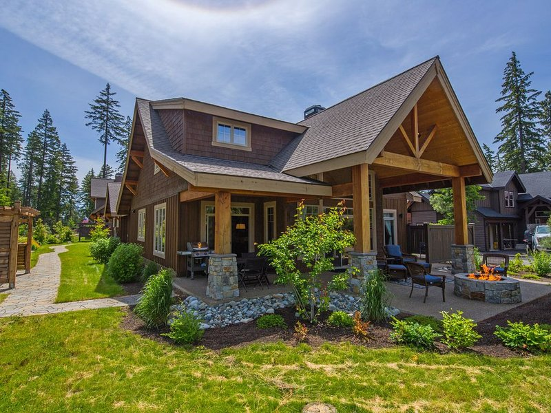 Suncadia's Finest 3 BR Home! Up to 33% Off! Hot Tub * In Prospector's Reach *, location de vacances à Cle Elum