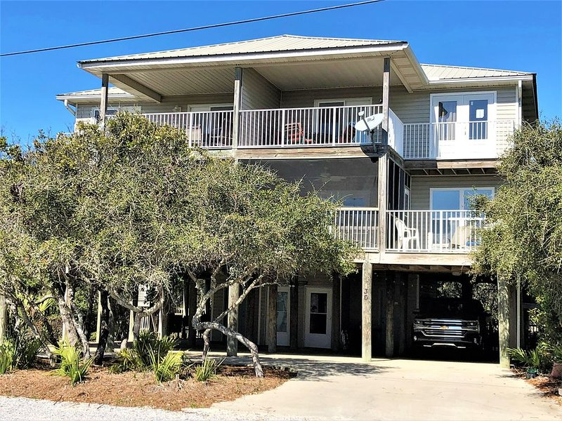 HMS SUNRISE & SUNSET Southside of 30A with Private Dedicated Beach Access, holiday rental in Seagrove Beach