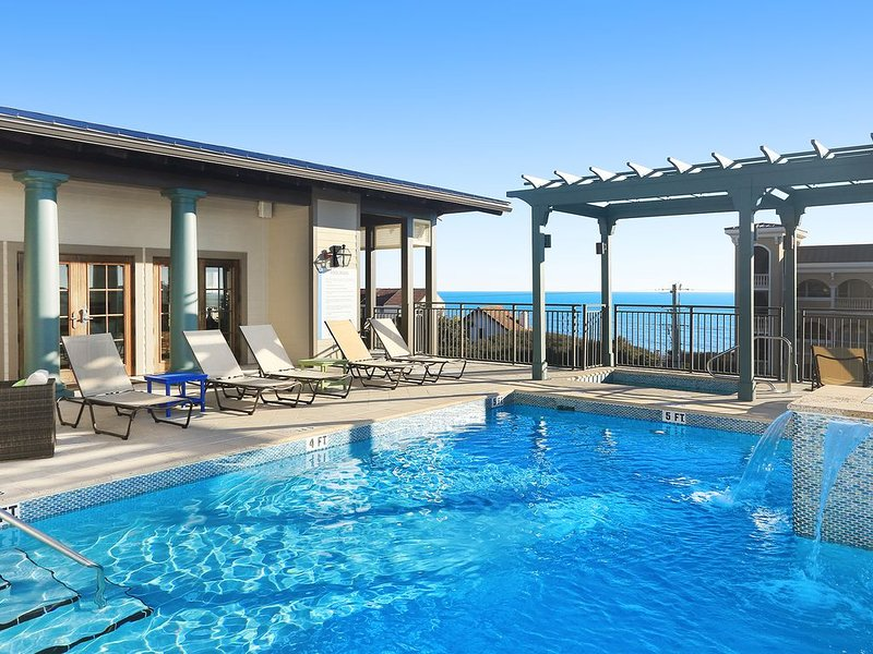 8377 County Highway 30A E Unit 203 by Royal Destinations - Roof Top Pool-, casa vacanza a Rosemary Beach