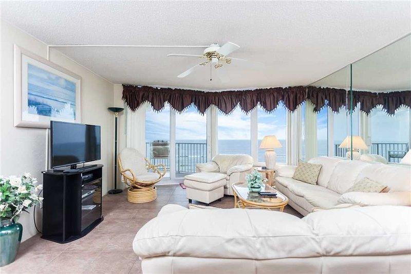 Shores Club 703, 2 Bedrooms, 7th Floor Oceanfront, Sleeps 6, vacation rental in Ponce Inlet