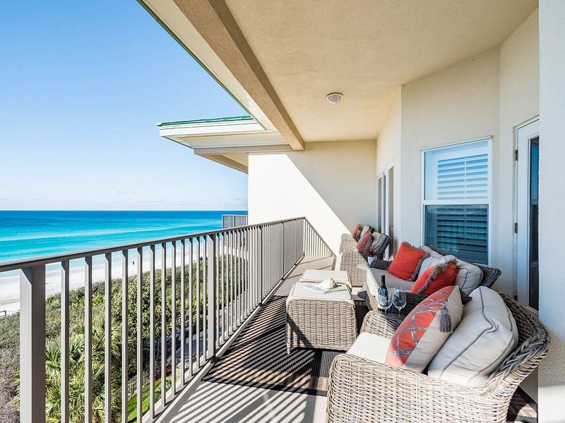 30A Gulf Front Top Floor Condo! Unforgettable Beach Views!, holiday rental in Seagrove Beach