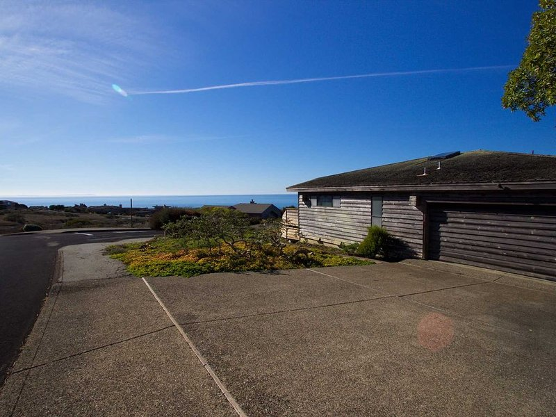 Panoramic Ocean Views!** 'Pinnacle Heights'!, alquiler de vacaciones en Bodega Bay