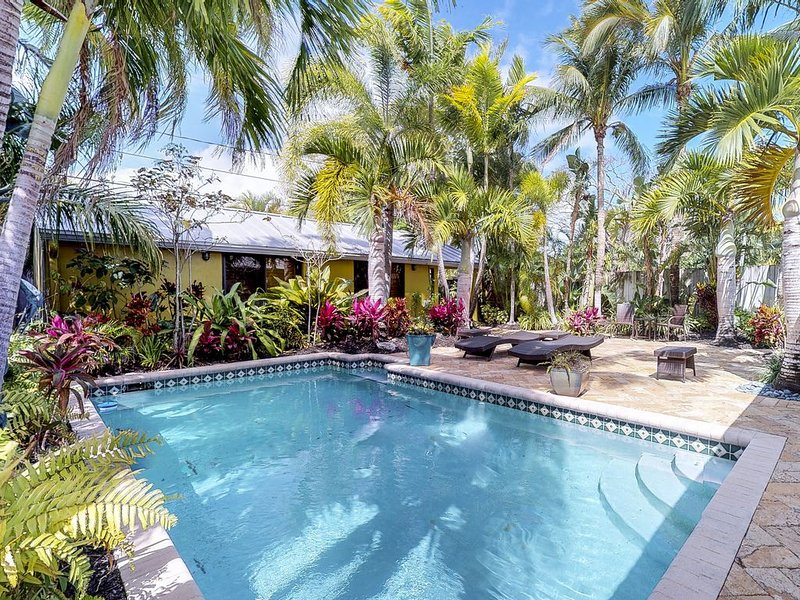 Dog-friendly home w/ private pool, spectacular patio, & soothing tropical style, holiday rental in Wilton Manors