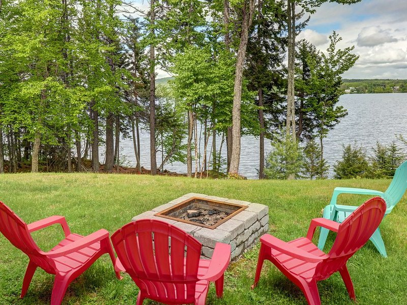 Premium Cleaned | Lakefront, chalet-style home w/ large deck, a dock & beautiful, vacation rental in West Forks