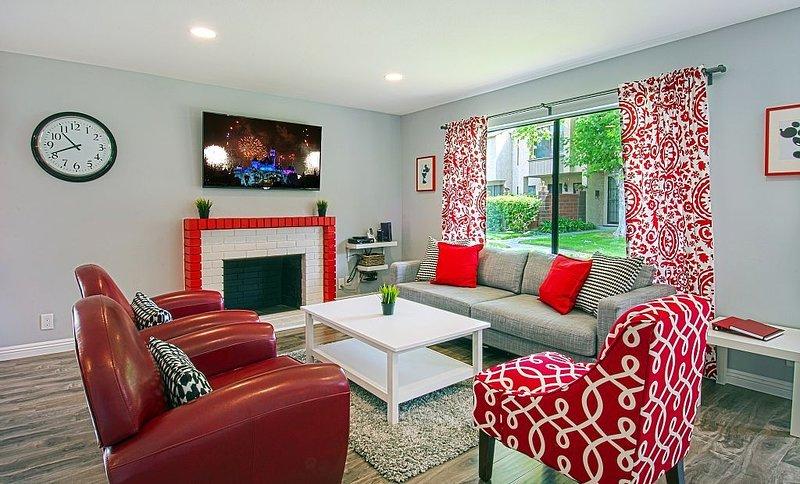 Funtierland + Suite Escapes 4 + Walk to Disney + Pool + Netflix, alquiler de vacaciones en Garden Grove